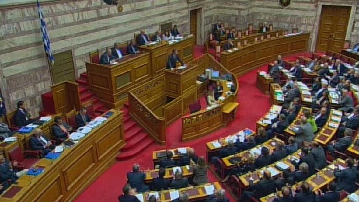 Hlasování řeckého parlamentu o dalším úsporném balíčku