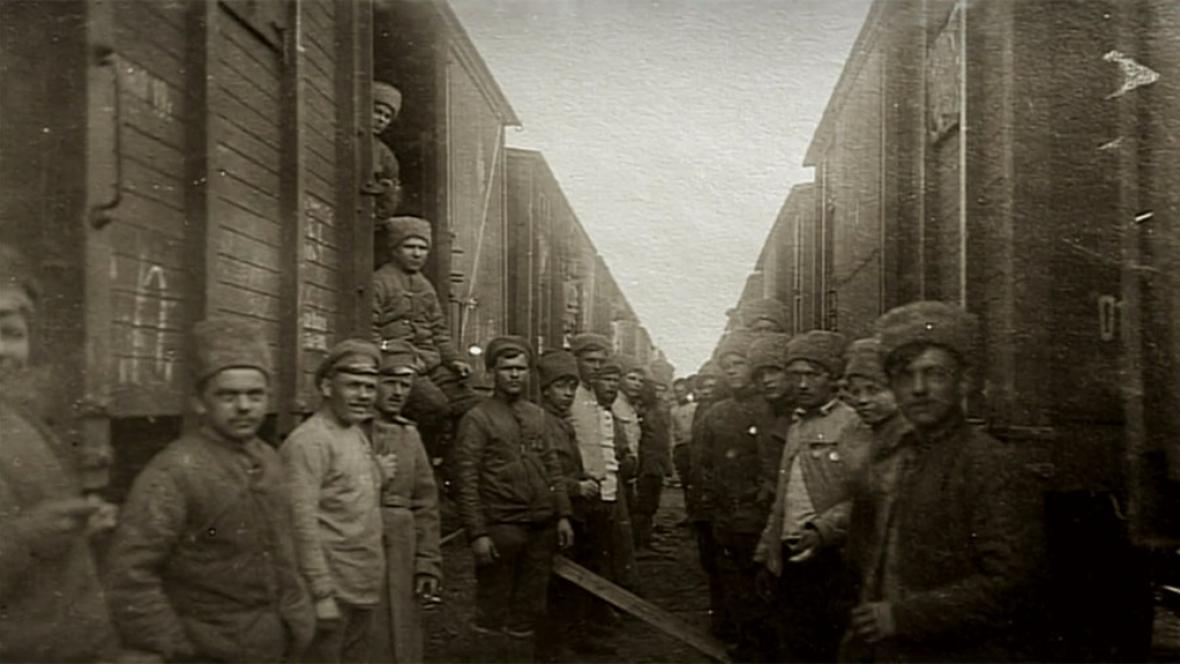 Vojenské jednotky při přesunu přes Sibiř
