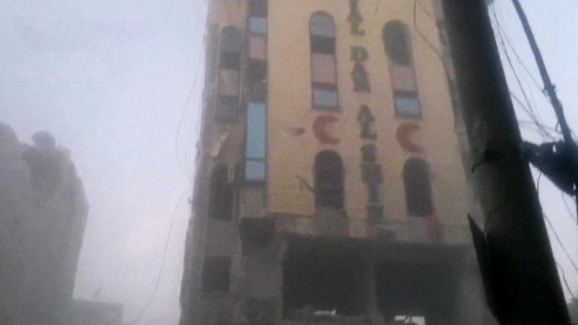 Zasažená nemocnice v Aleppu