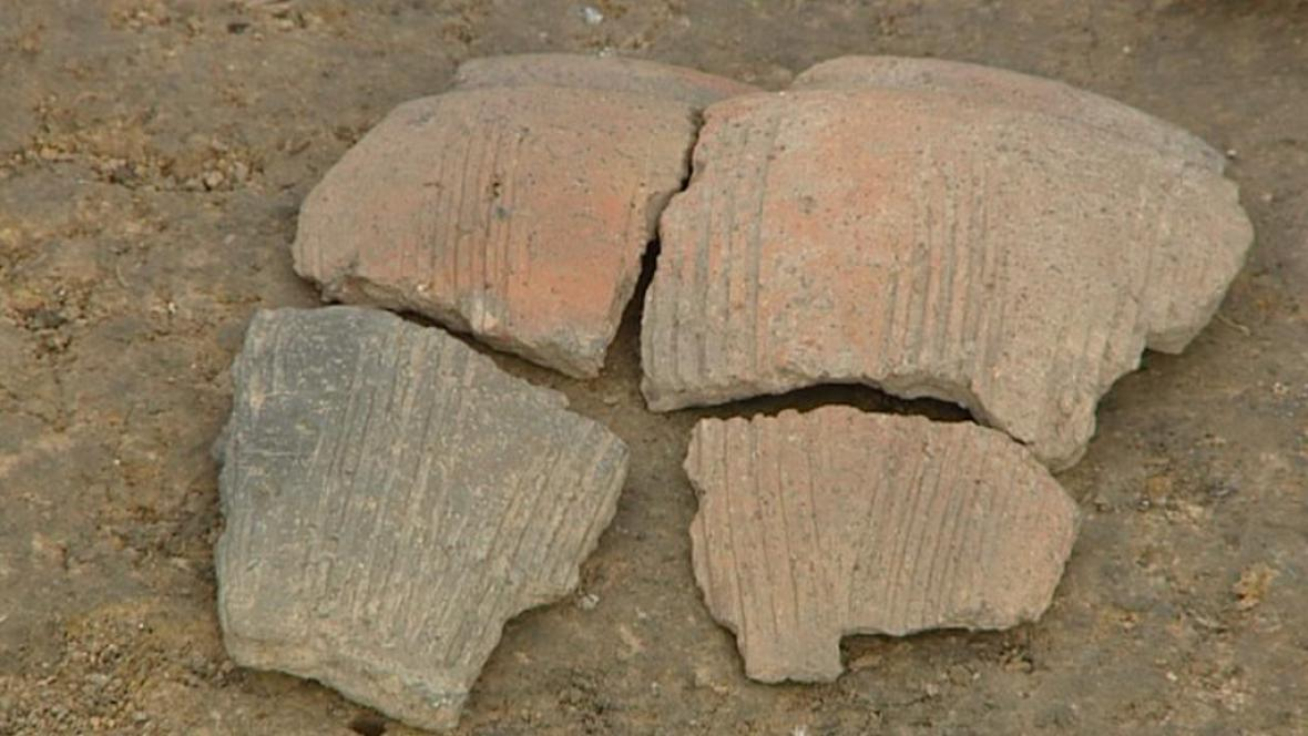 Keramika z naleziště v Doudlebech