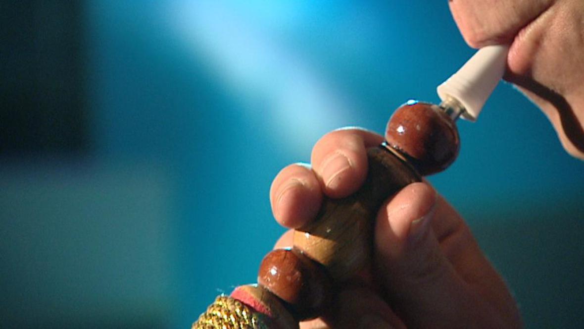 Kouření vodní dýmky