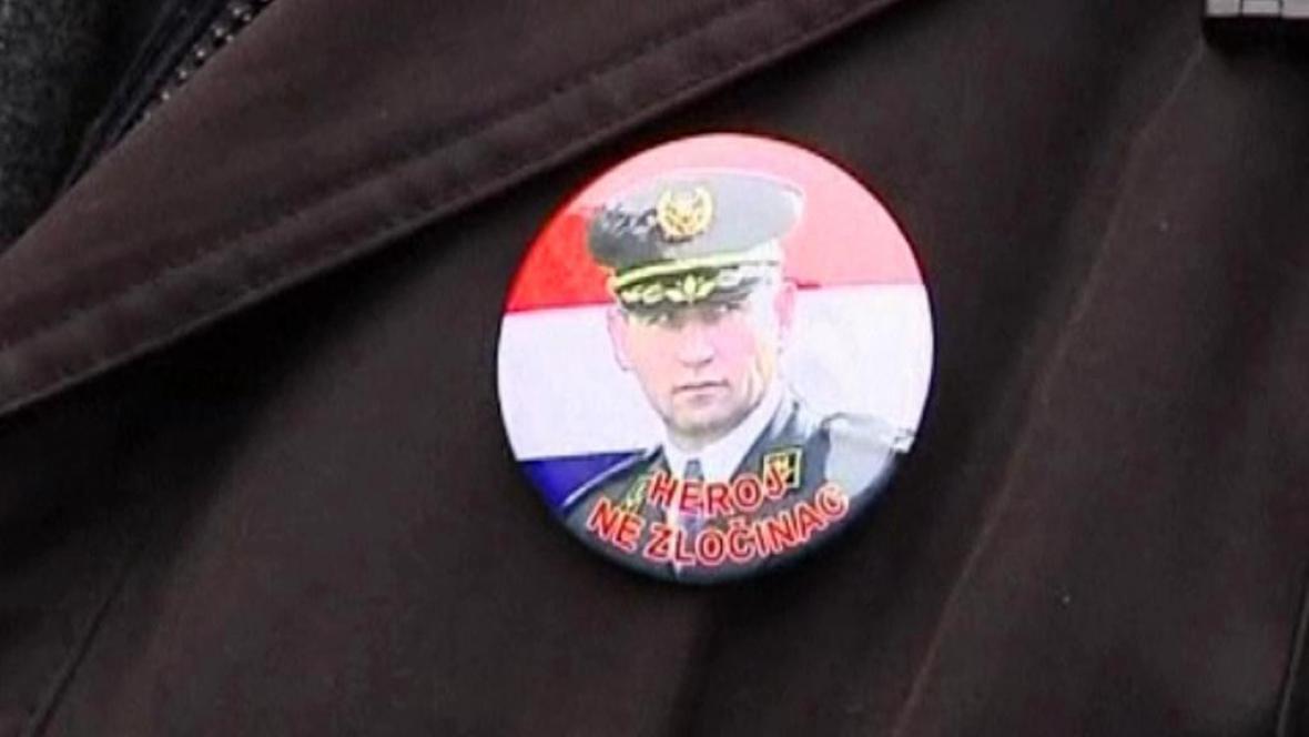 Odznak obhajující Ante Gotovinou