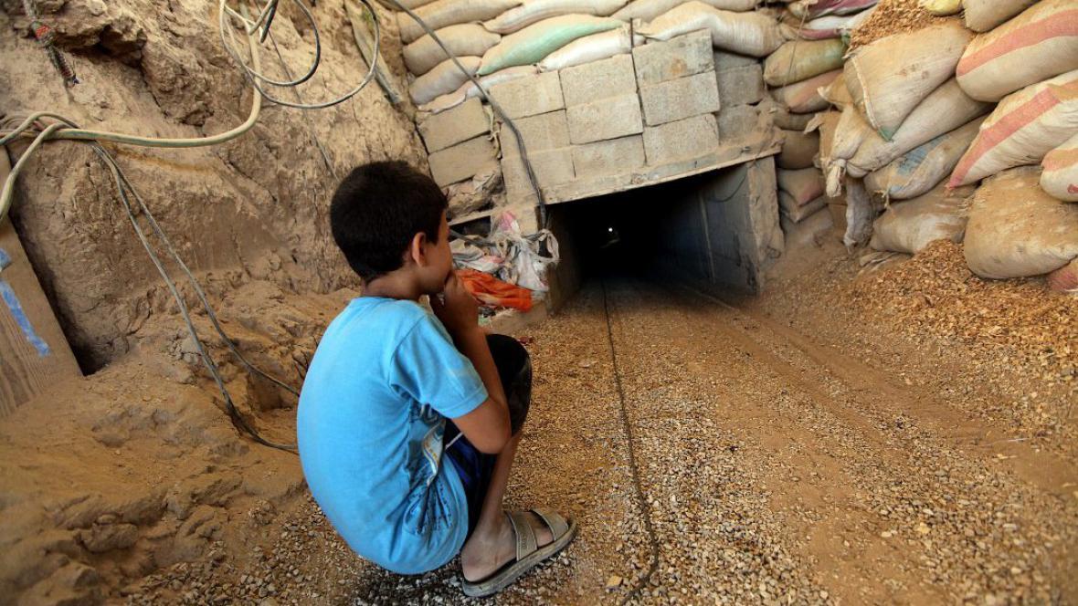 Jeden z mnoha pašeráckých tunelů mezi Gazou a Egyptem u Rafáhu