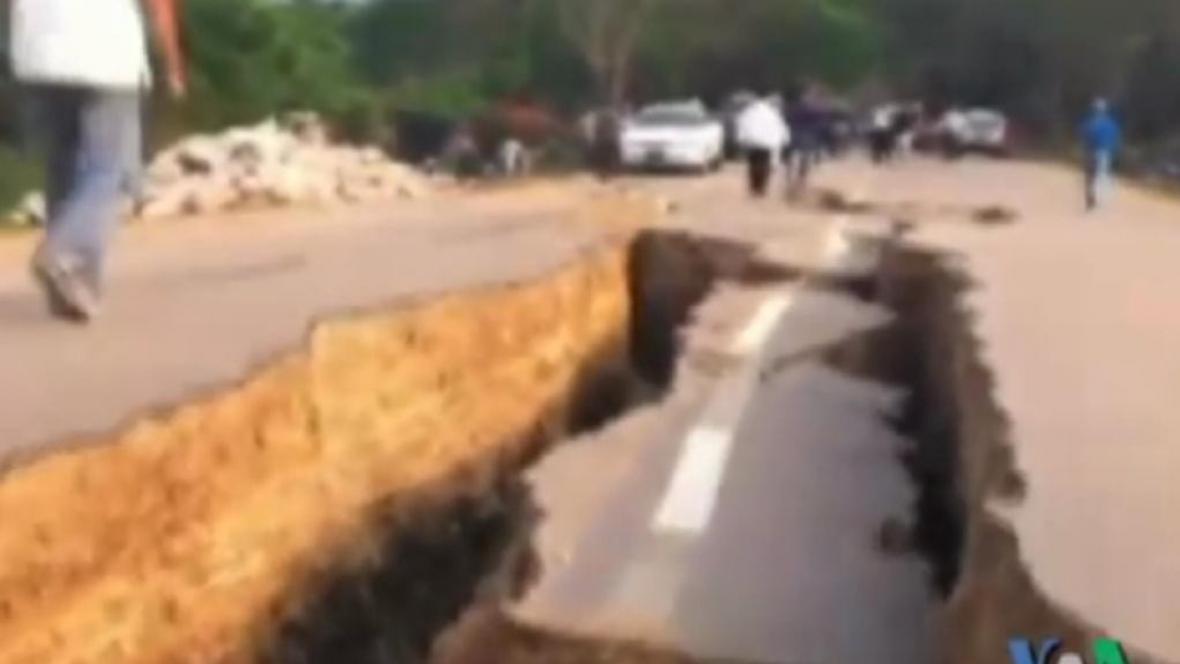 Zemětřesení v Barmě