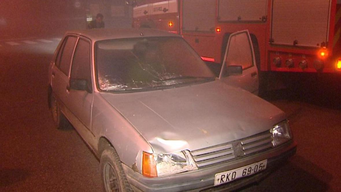 Automobil Peugeot po nehodě v Lanškrouně