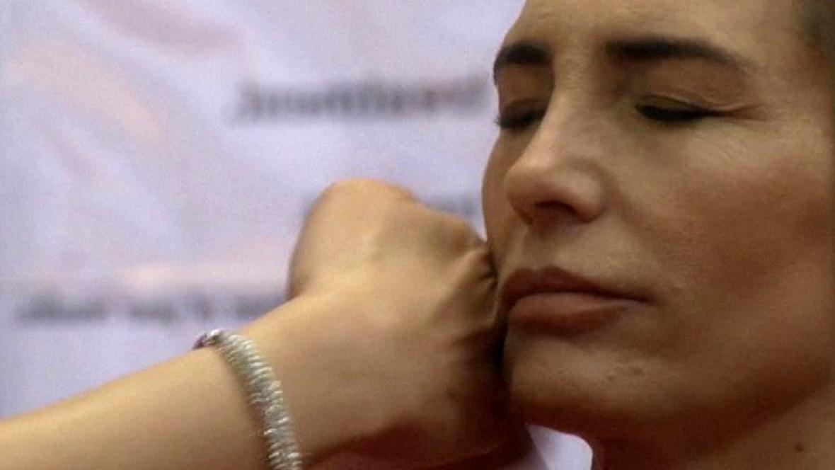 Nyní masáž tvář