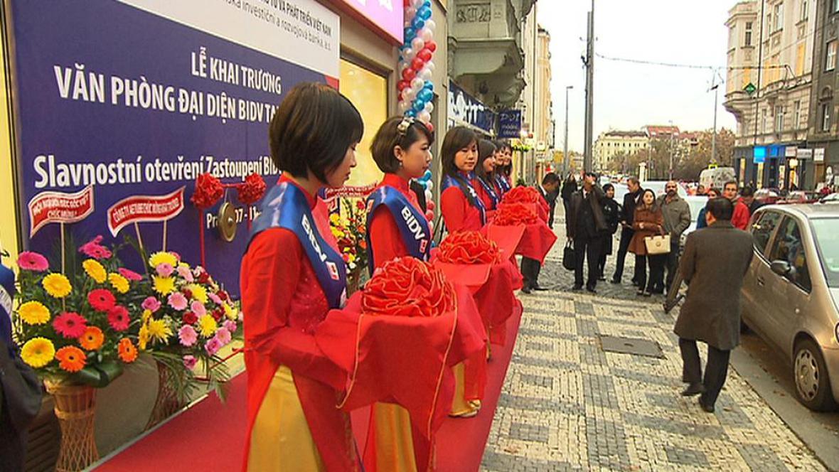 Otevření Vietnamské rozvojové a investiční banky v Praze