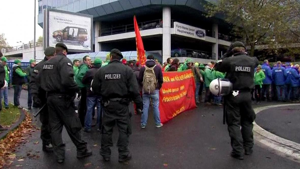 Demonstrace zaměstnanců Fordu