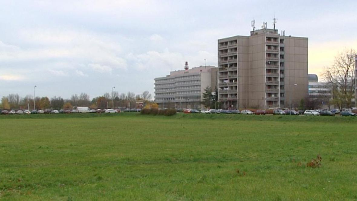 Pozemek u nemocnice