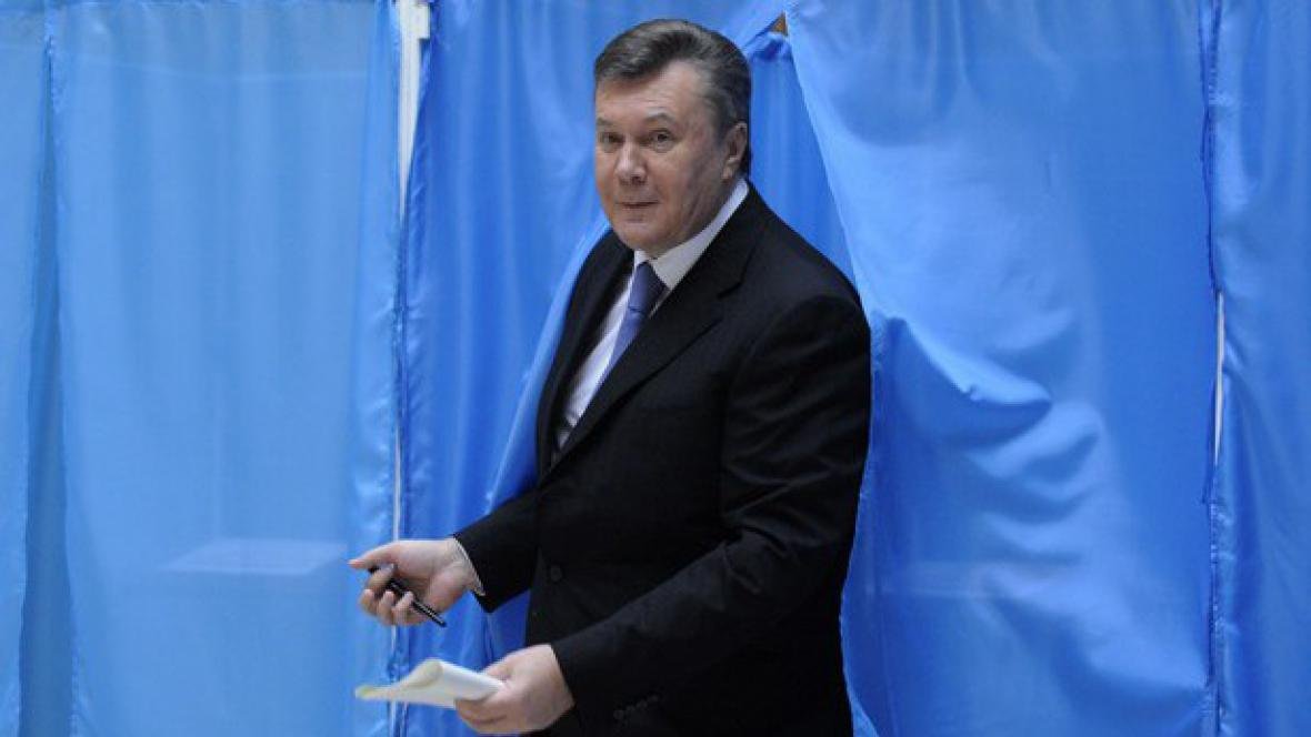 Viktor Janukovyč u voleb