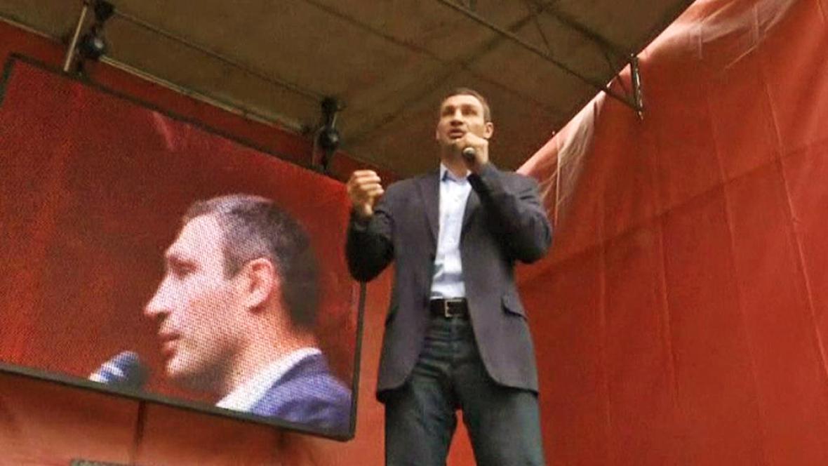 Vitalij Kličko na předvolebním mítinku