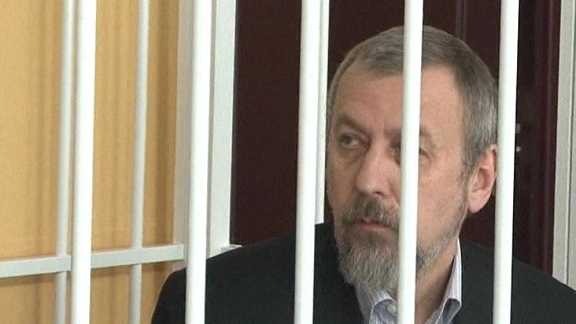 Andrej Sannikov u soudu