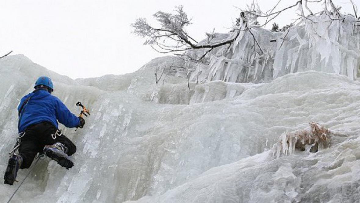 Ledopád v Labském dole