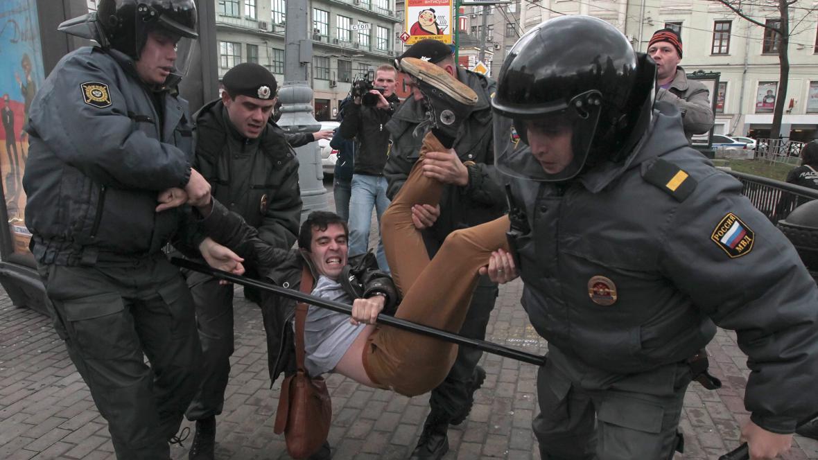 V Moskvě se zatýkalo