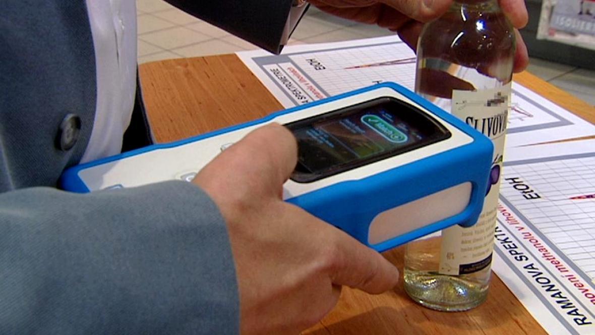 Analýza alkoholu spektrometrem