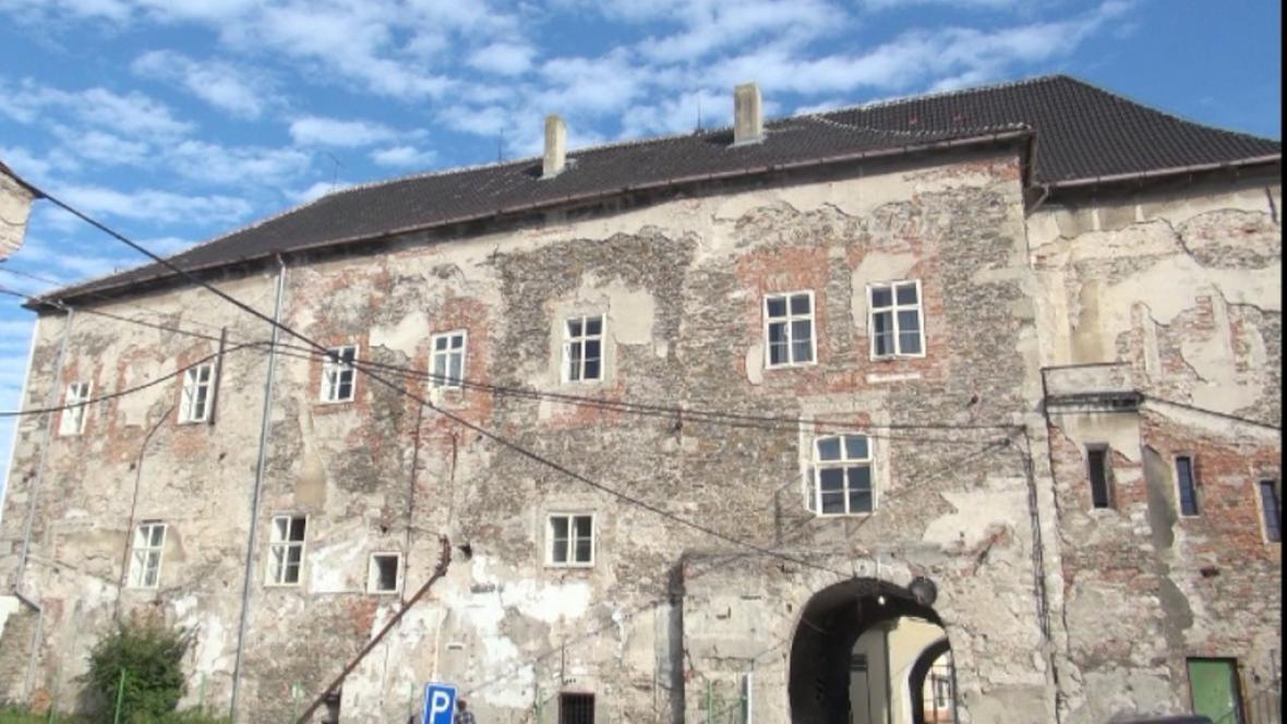 Část zámku v Kolíně