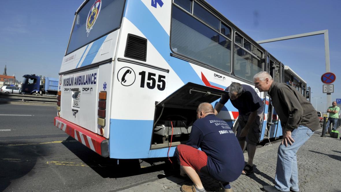 Speciální autobus pro výdej metadonu