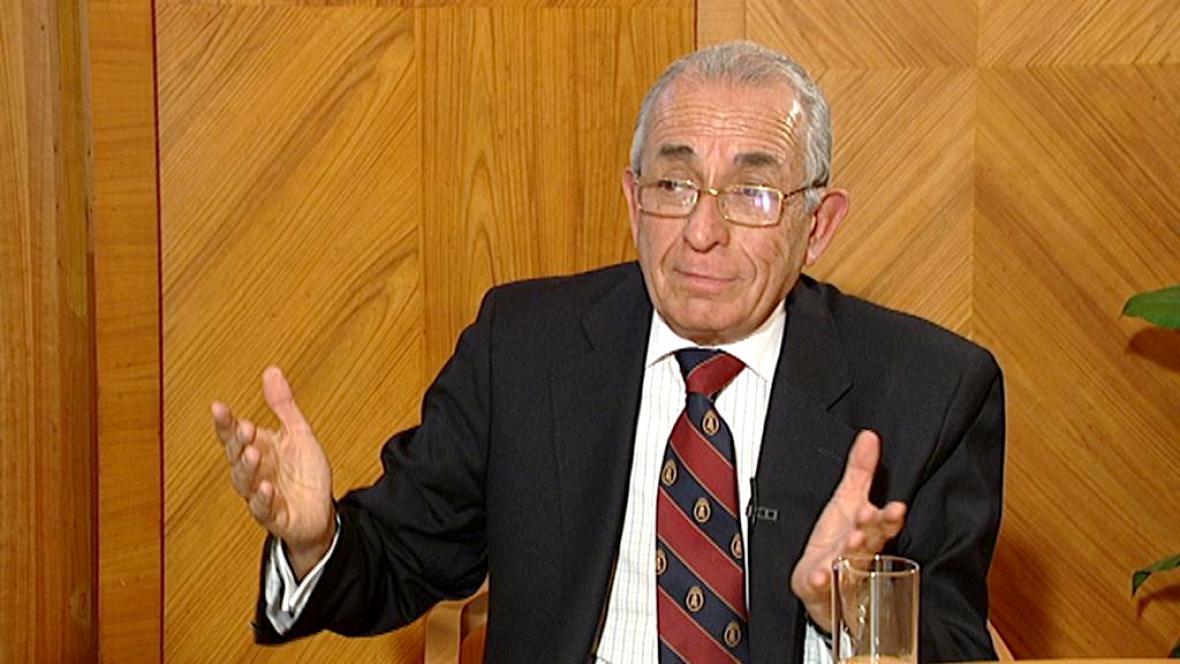 Carlos Cáceres Contreras