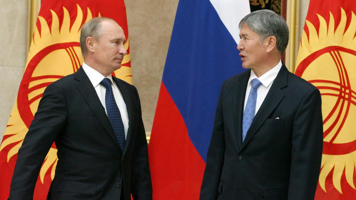 Vladimir Putin a Almazbek Atambajev