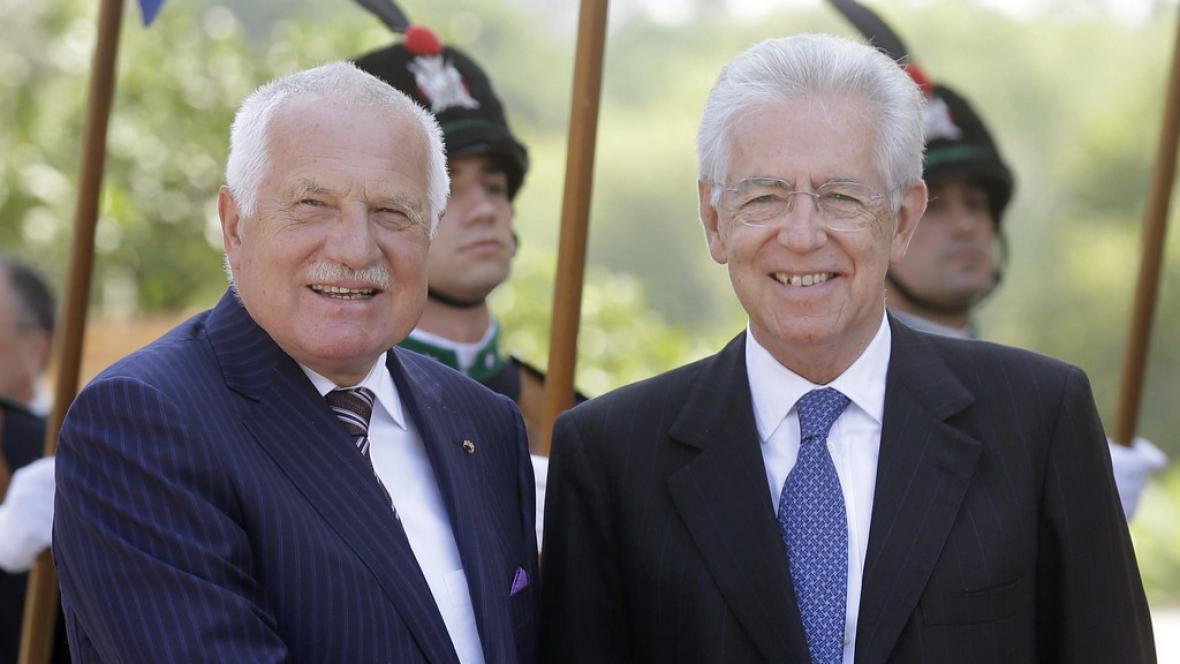 Český prezident Václav Klaus a italský premiér Mario Monti
