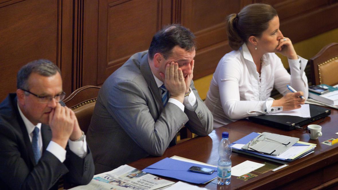 Petr Nečas, Miroslav Kalousek a Karolína Peake