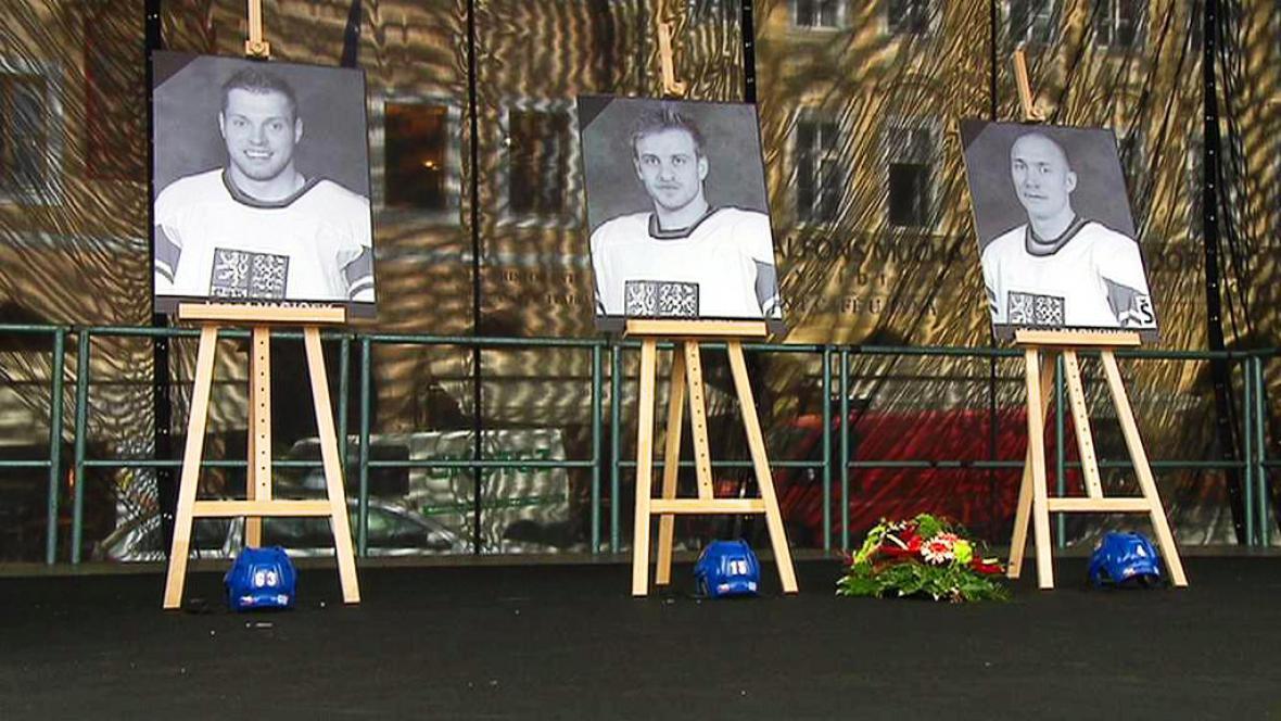 Vzpomínka na zemřelé hokejisty