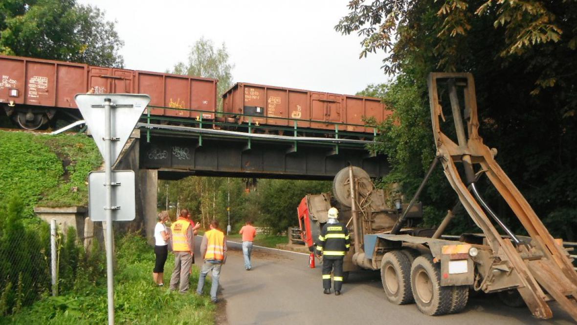 Nehoda u viaduktu