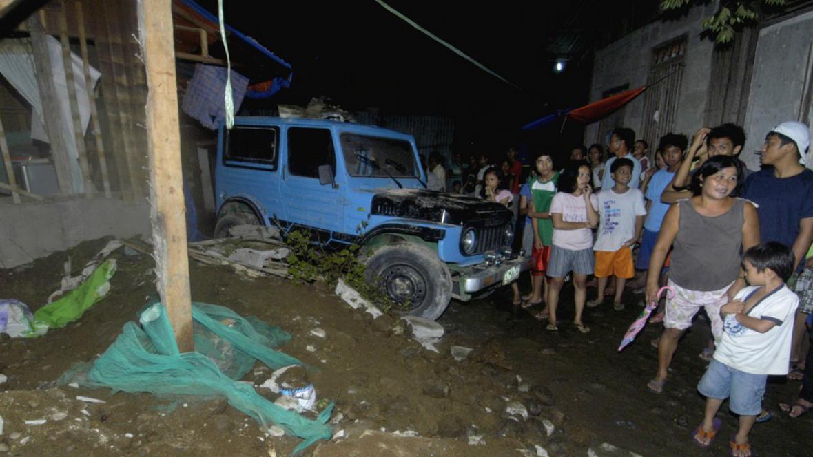 Zemětřesení na Filipínách