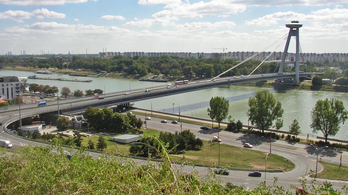 Bratislavský Nový most
