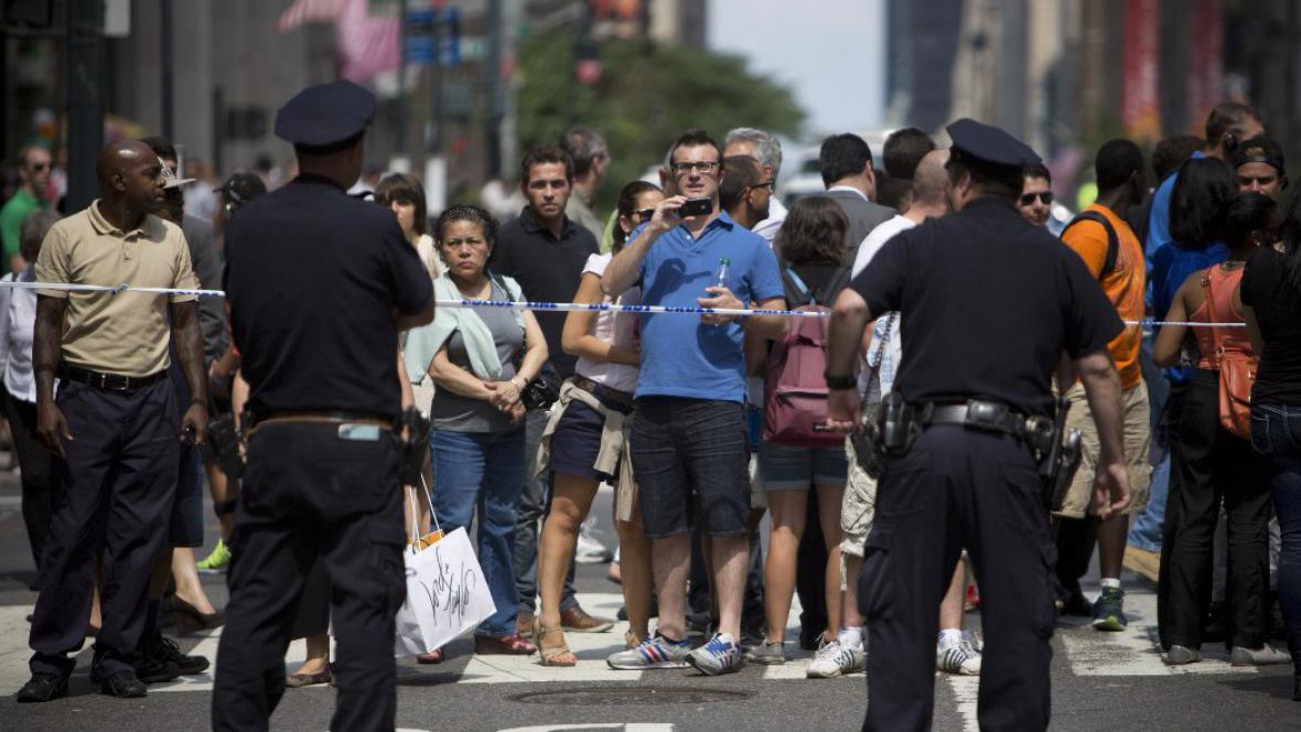 Střelba před Empire State Building