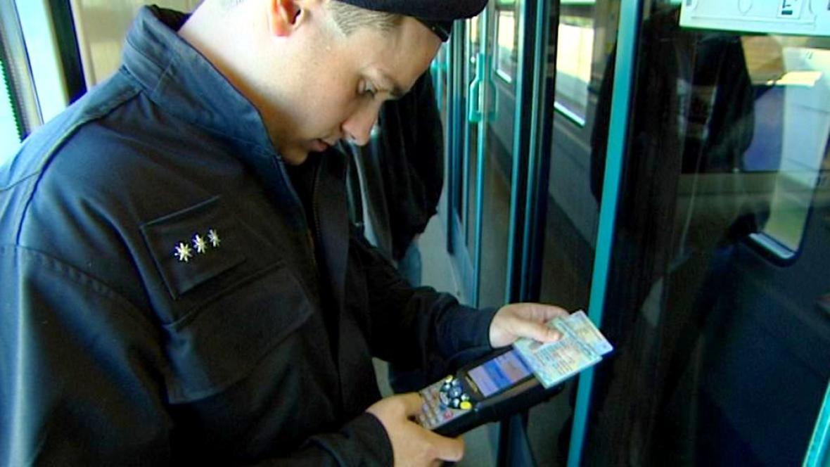 Policejní kontroly na železnici