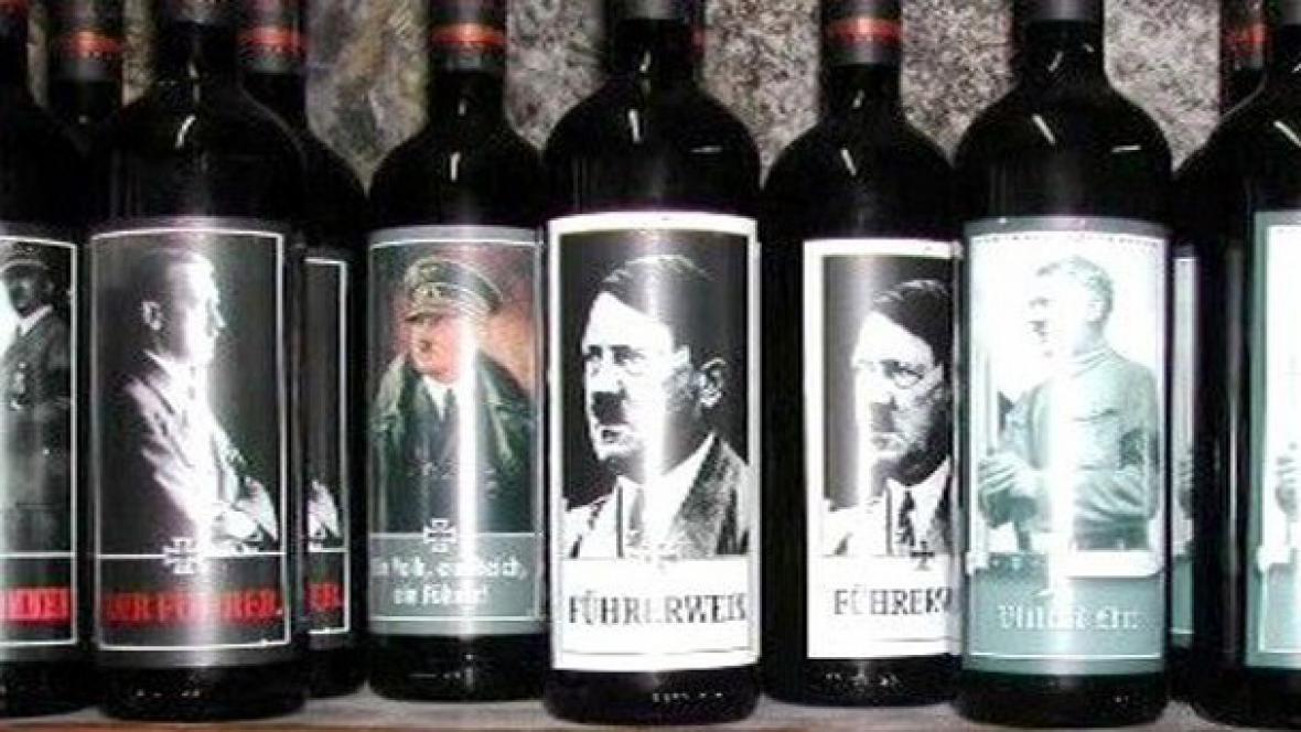 Hitler na etiketě vína