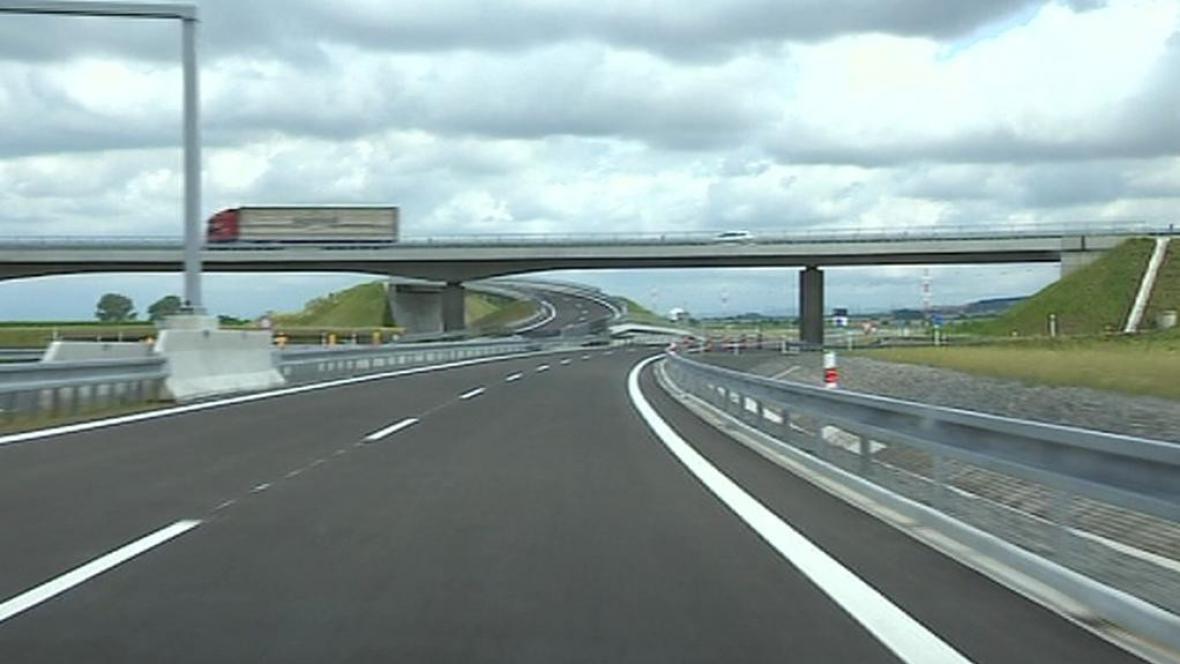Dostavba dálnice D1