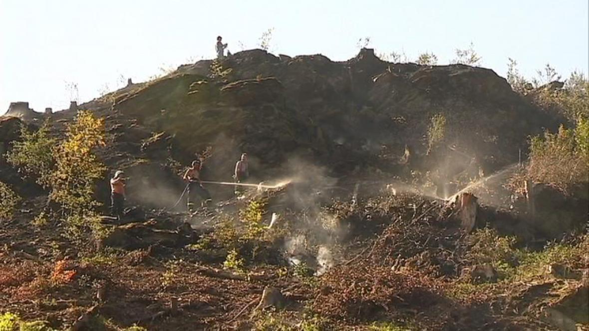 Na Šumpersku hoří les