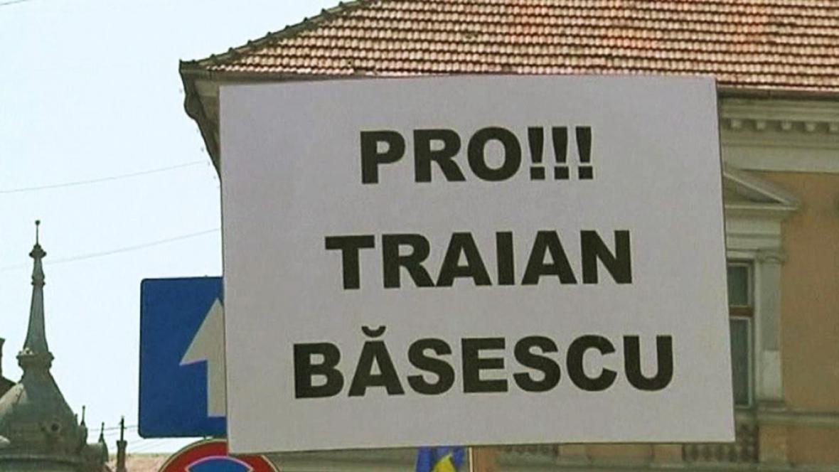 Demonstrace na podporu Traiana Basesca