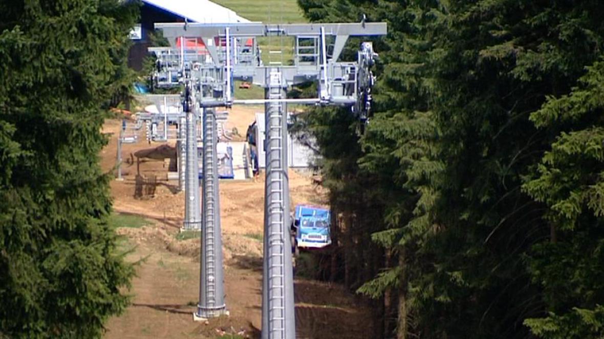 Stavba lanovky na Klínovec