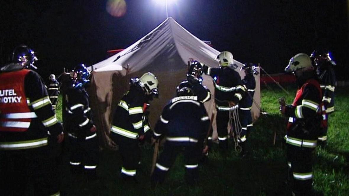 Noční hasičské cvičení