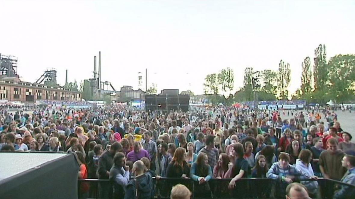 návštěvníci festivalu Colours of Ostrava