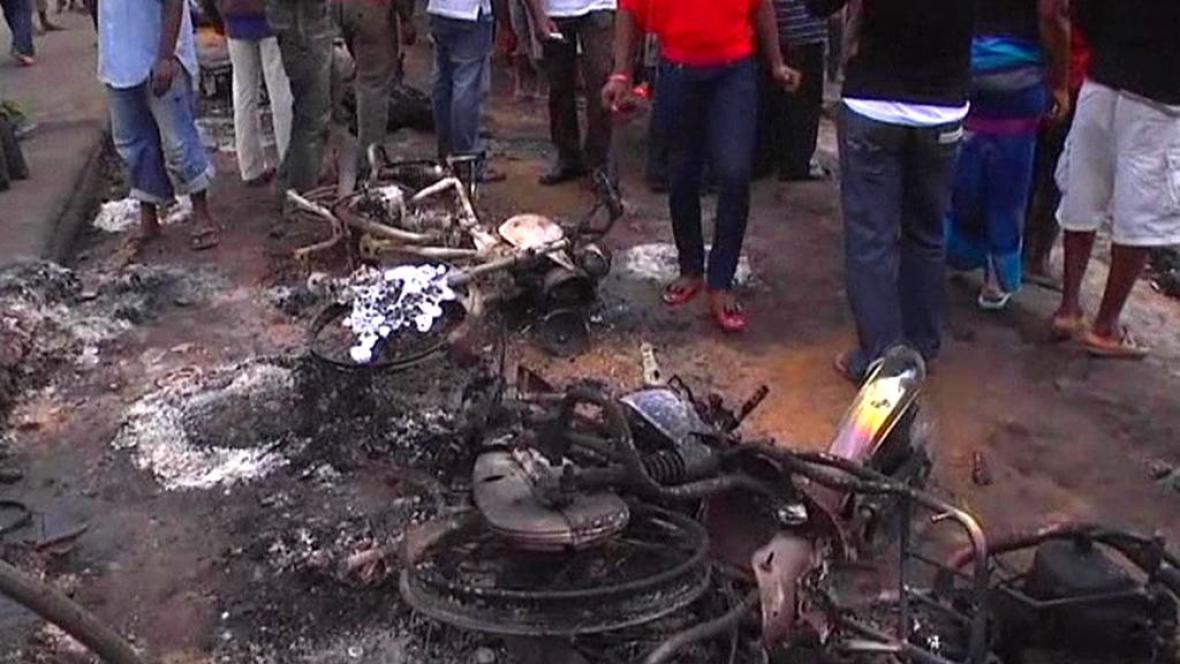 V Nigérii hořela cisterna s palivem