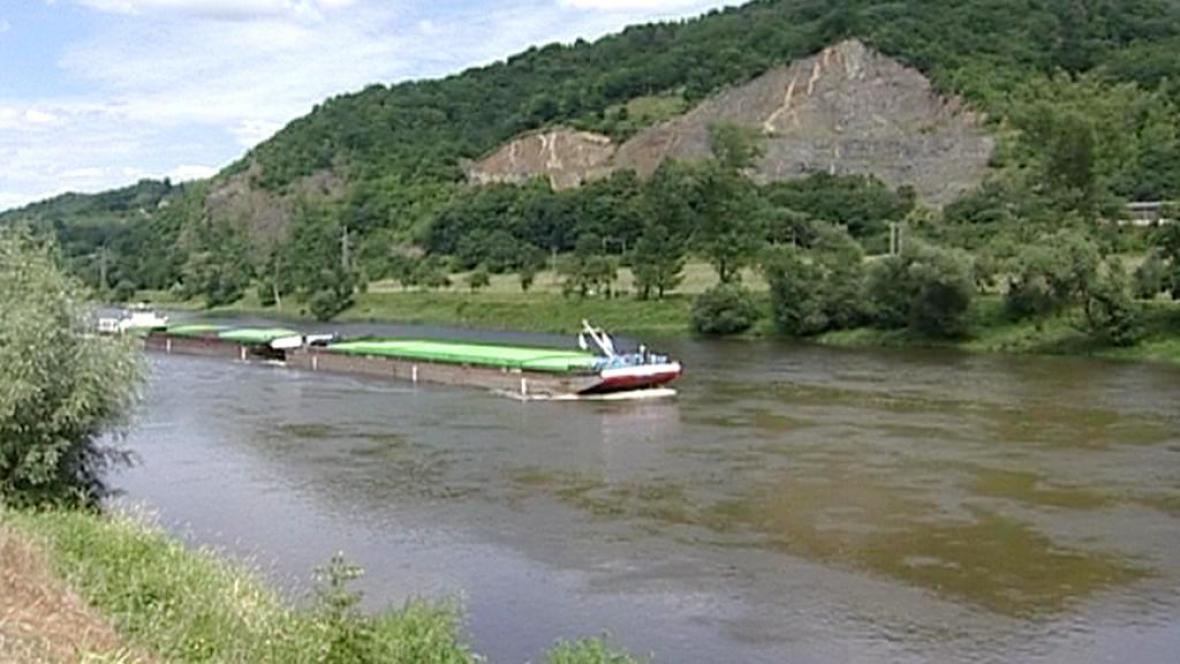 Lodní doprava na Labi
