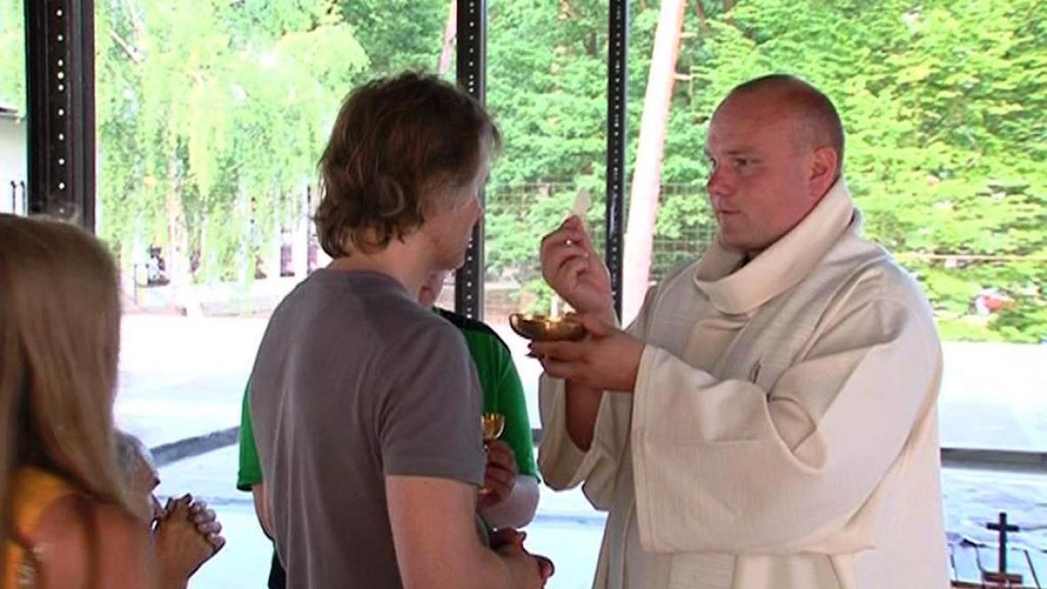 Bohoslužba u Vranovské přehrady