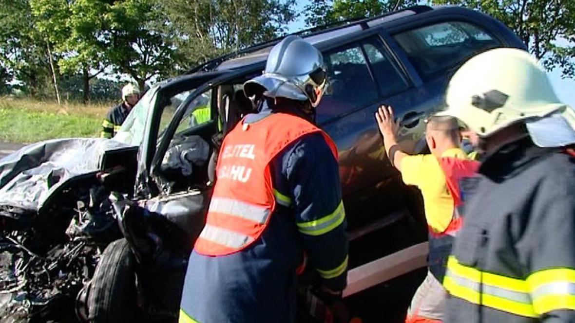 Hasiči u vážné dopravní nehody