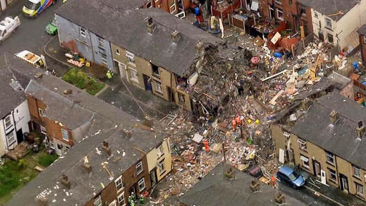 Následky výbuchu v Oldhamu