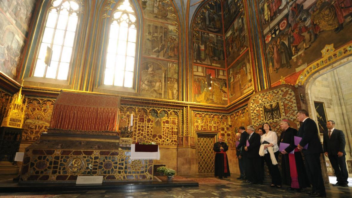 Členové Rady katedrály sv. Víta