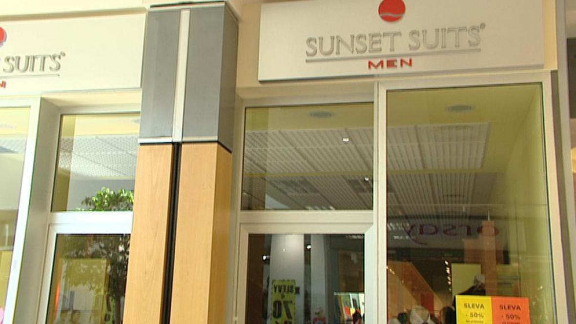 Zavřená prodejna Sunset Suits