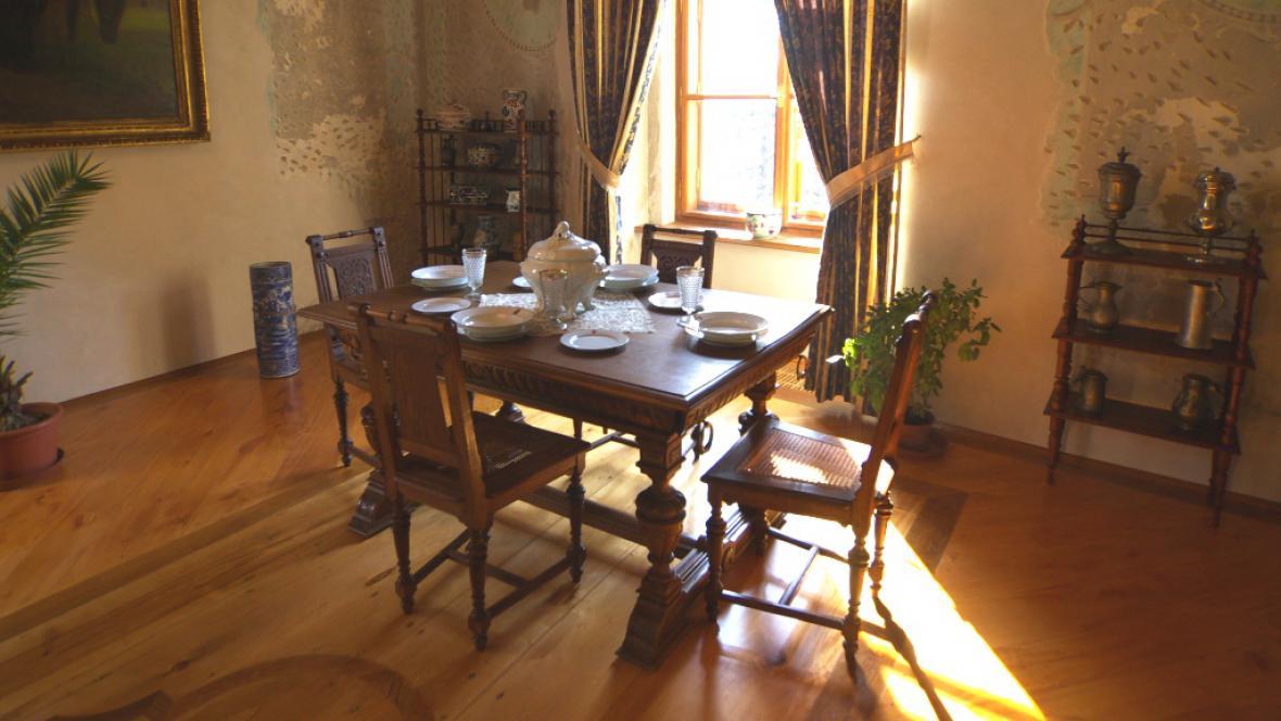Interiér zámku Lešná