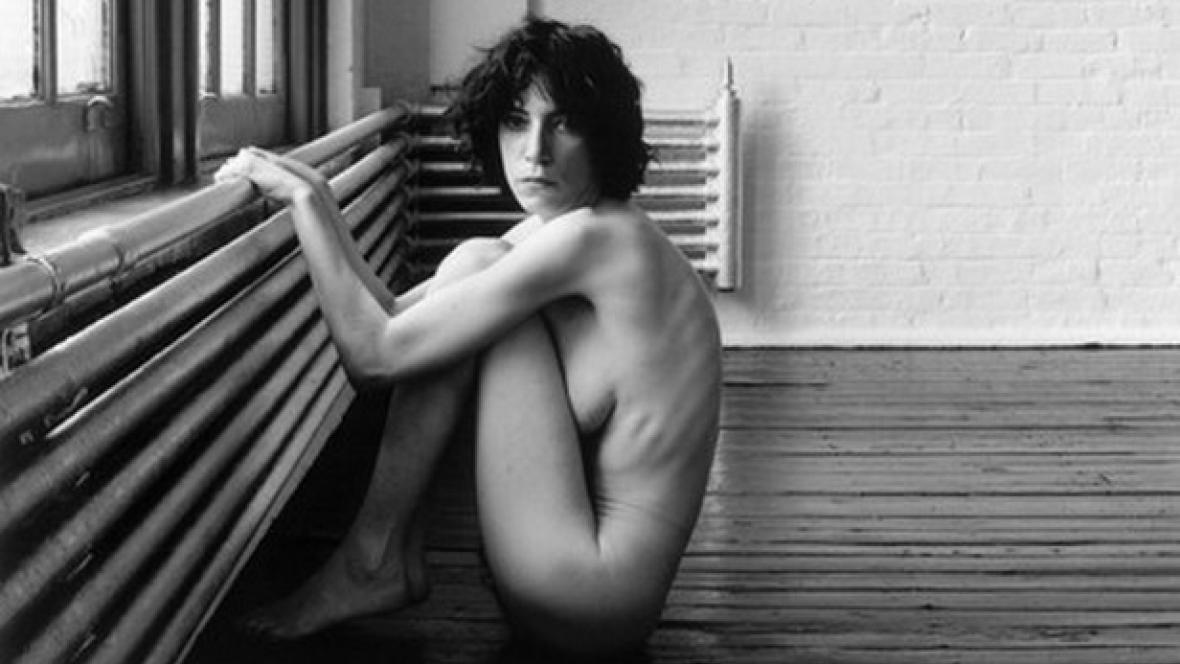 Patti Smith na fotografi Roberta Mapplethorpea (1976)