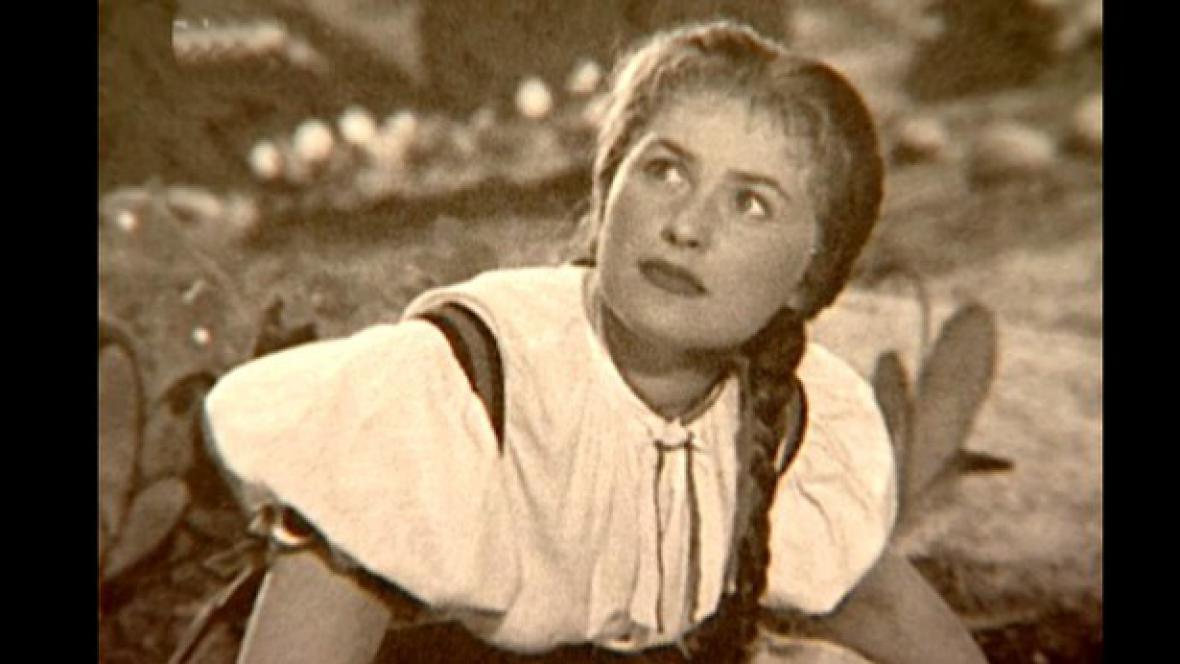 Eva Klepáčová jako Káča ve filmu Hrátky s čertem