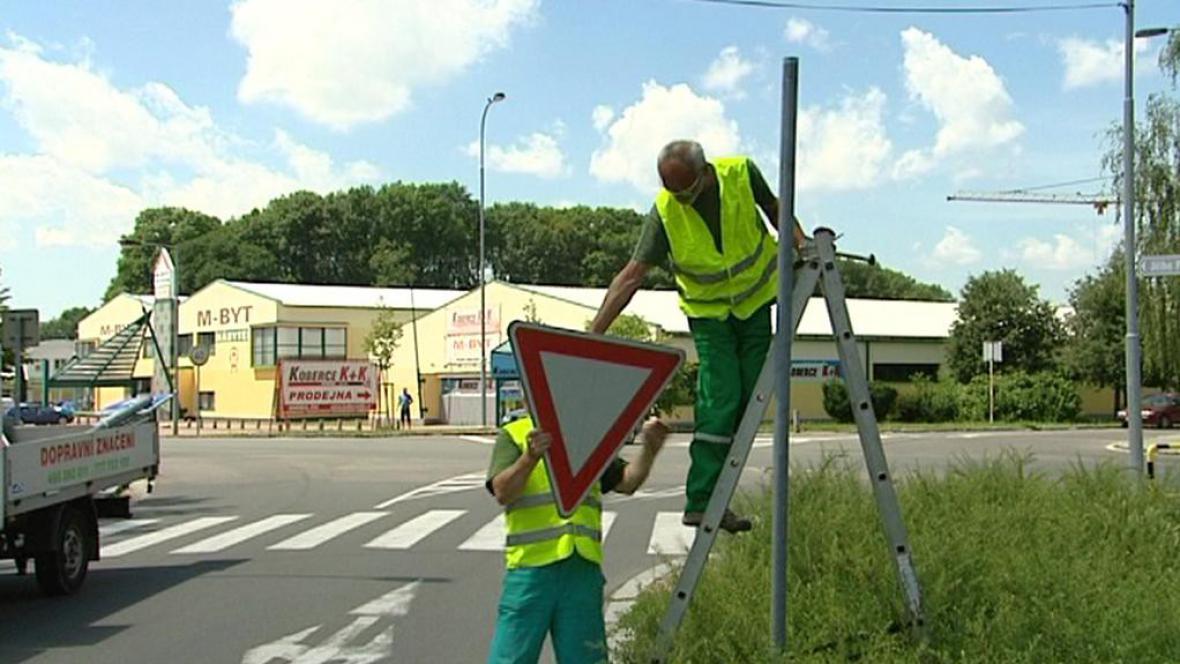 Odstraňování dopravní značky