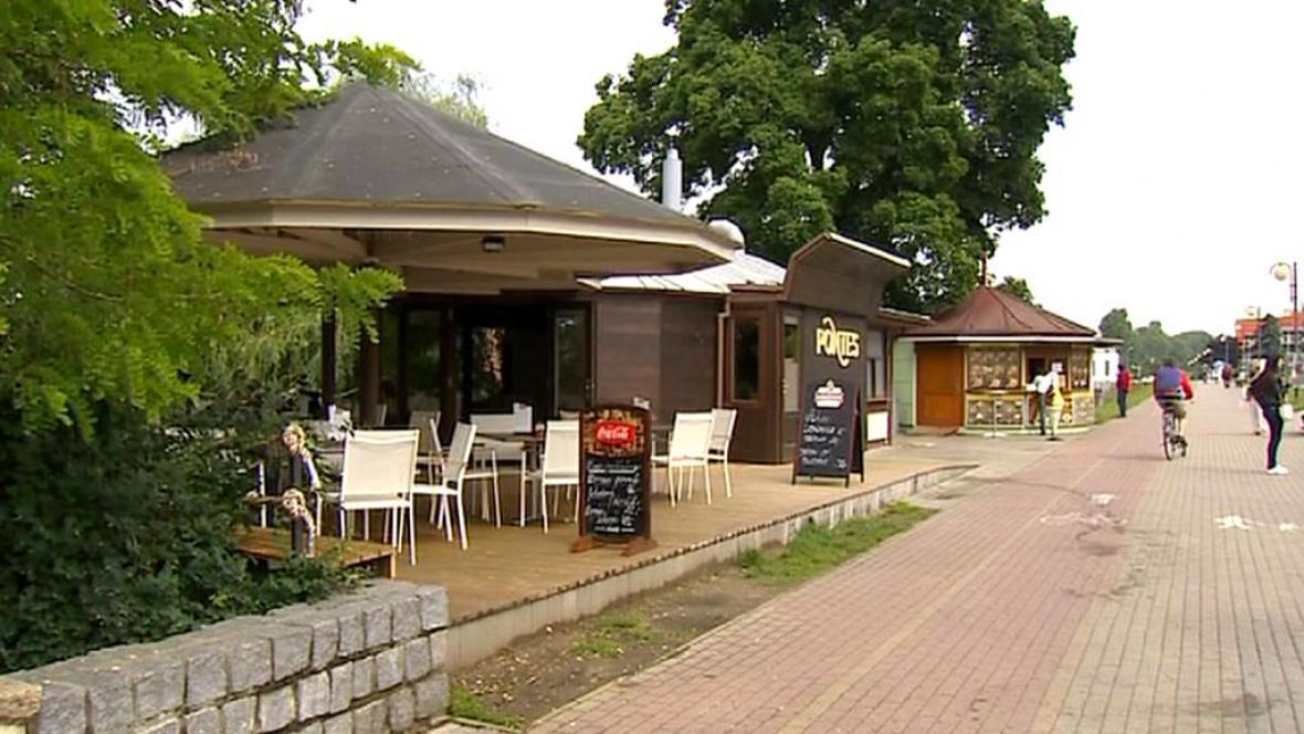 Kavárna Pontes v Písku